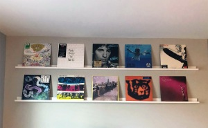 Album display shelves